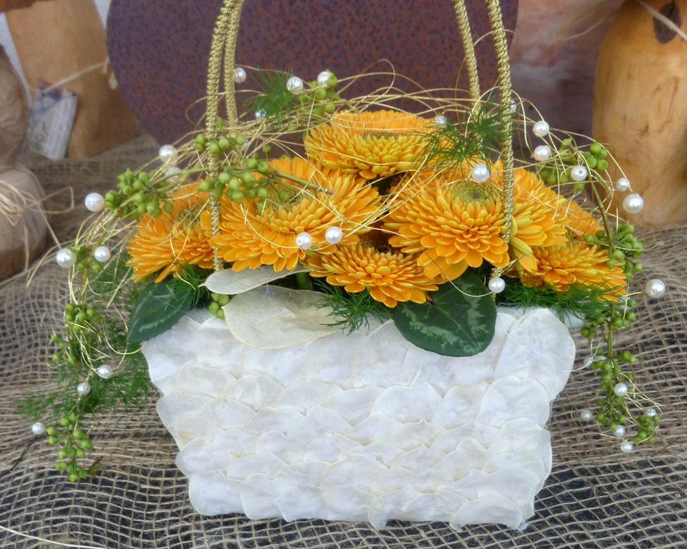 Blütentasche